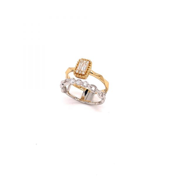 18K Yellow & White Gold Ring with Diamonds